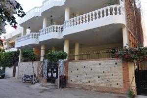Villa Omar EL Sharif, Луксор