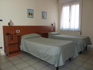 Hotel Daisy, Hotely  Marina di Massa - big - 107