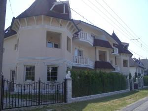 Hegyi Panzió, Guest houses  Hévíz - big - 19