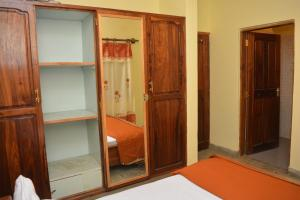 Mazzola Safari House & Backpacking, Penziony  Arusha - big - 3