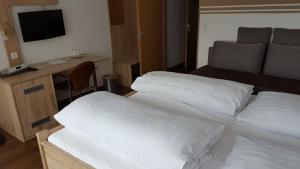 Hotel Landgasthof Hohenauer Hof, Hotely  Hohenau - big - 8