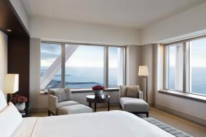 Deluxe Double or Twin Room with Panoramic Sea View