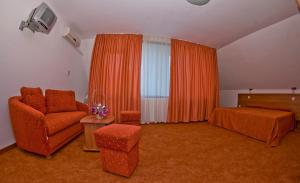 Family Hotel Vega, Hotels  St. St. Constantine and Helena - big - 2