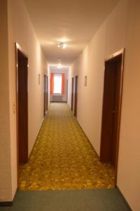 Hotel Adler Post, Szállodák  Baiersbronn - big - 129