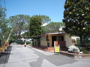 Camping Apuano - AbcAlberghi.com