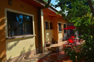 Mazzola Safari House & Backpacking, Penziony  Arusha - big - 1