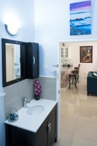Royal Villa, Case vacanze  Spanish Town - big - 11
