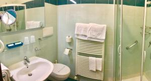 Hotel Benaco, Szállodák  Nago-Torbole - big - 50