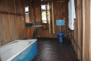 Kashmir View Houseboat, Отели  Сринагар - big - 9
