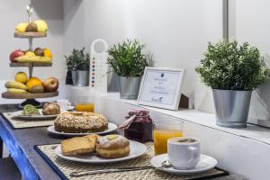 Sweet Inn - Fienaroli, Apartments  Rome - big - 3