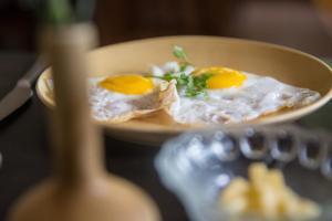 Pinnacle Countryside, Saligao, Bed & Breakfasts  Saligao - big - 11