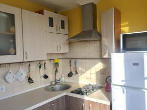 Apartment on Sivashskaya 4к3, Ferienwohnungen  Moskau - big - 5