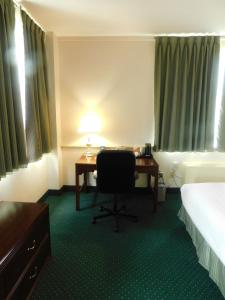 Business Superior Queen Room