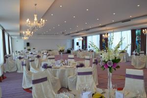 Marshal Garden Hotel, Отели  Бухарест - big - 32