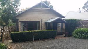 Blerick Country Retreat, Guest houses  Neerim South - big - 28