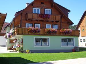 Jagerhäusl, Panziók  Ramsau am Dachstein - big - 29