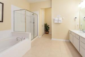 Shoreway Three-Bedroom Apartment 224, Apartmány  Orlando - big - 20