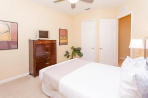 Shoreway Three-Bedroom Apartment 224, Apartmány  Orlando - big - 13