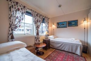 Mary-Ann's Polarrigg, Guest houses  Longyearbyen - big - 10