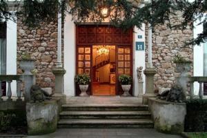 HOTEL LUZON - Hotel - San Vicente de la Barquera