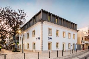 Hostel Conii and Suites Algarve