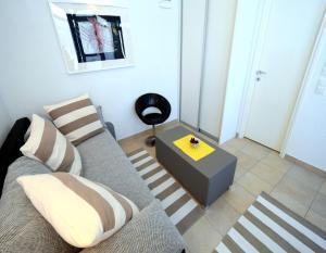Apartment Sanšped, Апартаменты  Малинска - big - 6