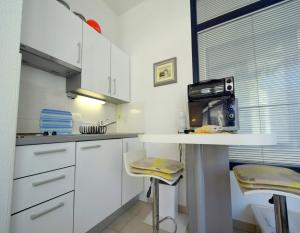 Apartment Sanšped, Апартаменты  Малинска - big - 9