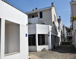 Apartment Sanšped, Апартаменты  Малинска - big - 14