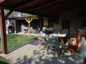 Kata vendégház, Penziony  Bük (Bükfürdö) - big - 87