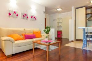 Leona & Borna's Central Lapad Suites, Apartments  Dubrovnik - big - 53