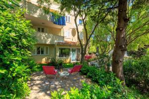 Leona & Borna's Central Lapad Suites, Apartments  Dubrovnik - big - 8