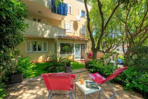 Leona & Borna's Central Lapad Suites, Apartments  Dubrovnik - big - 42