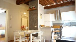 Simonetta Apartment - AbcAlberghi.com