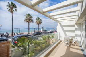 Sunny Beach Resort by Connexion, Cannes, France | J2Ski