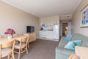 Water's Edge Ocean Resort, Motely  Wildwood Crest - big - 11