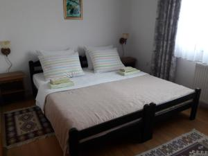 Nature Guest House, Pensionen  Jezerce - big - 11