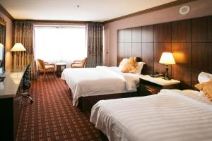 Business Two Double Bed Room
