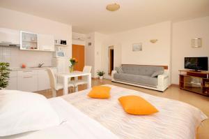 Apartmani Trogir, Апартаменты  Трогир - big - 28