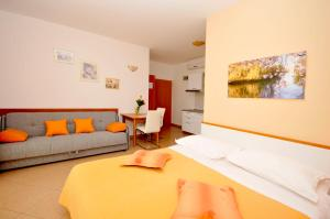 Apartmani Trogir, Апартаменты  Трогир - big - 30