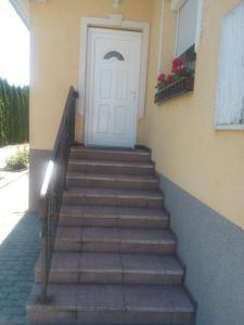 Kata vendégház, Penziony  Bük (Bükfürdö) - big - 82