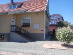 Kata vendégház, Penziony  Bük (Bükfürdö) - big - 80