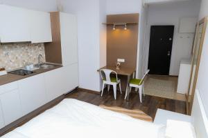 Studio, Apartmanok  Bukarest - big - 5