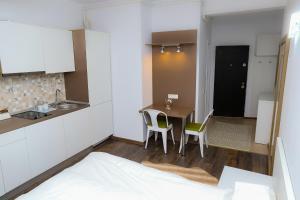 Studio, Apartmanok  Bukarest - big - 18
