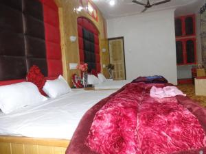 Grand Alnoor, Отели  Сринагар - big - 8