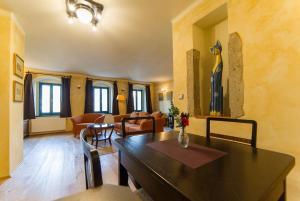 U Zvonu apartments, Ferienwohnungen  Český Krumlov - big - 39