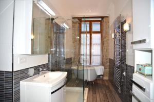 Les Deux Chèvres, Hotels  Gevrey-Chambertin - big - 10