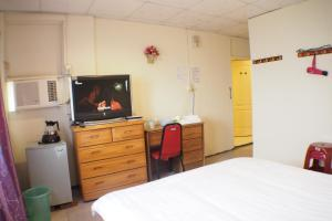 Sun Moon Star Hostel, Проживание в семье  Budai - big - 18