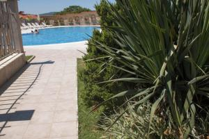 Gardenia Vacation Settlement, Apartmanhotelek  Szozopol - big - 18