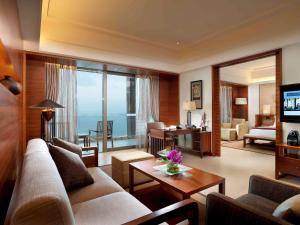 Pullman Oceanview Sanya Bay Resort & Spa, Hotels  Sanya - big - 42
