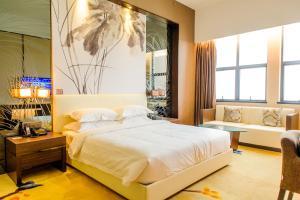 Hongjing Bay Hotel